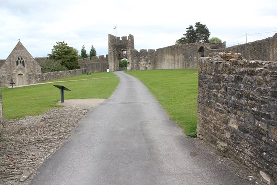 Farleigh Hungerford Castle Picture
