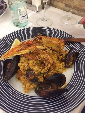 L'Amfora: Best experience and food ever. Best paella ! Five stars !