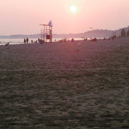 Port Stanley, Canada: Beautiful Beachfront Location