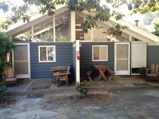 Inverness, CA: Two rooms