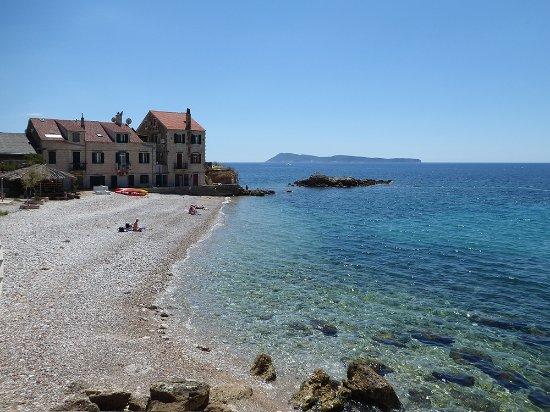 Komiza village beach