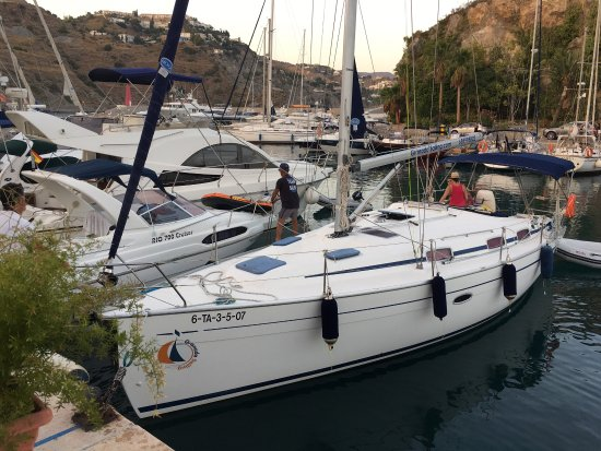 El barco la herradura restaurant reviews phone number photos tripadvisor - Cocinas el barco granada ...