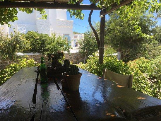 Emprostiada Traditional Guest House: photo1.jpg