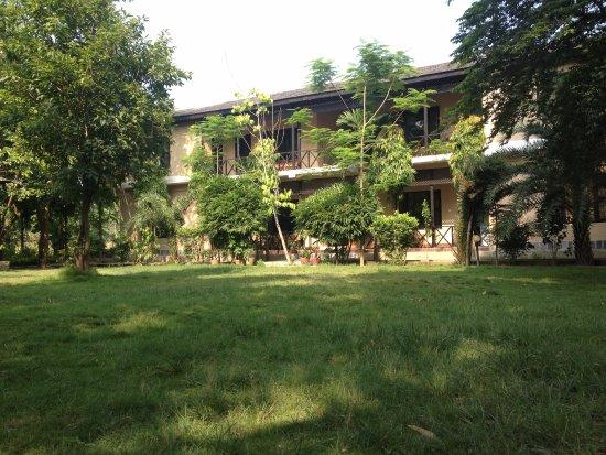 Sauraha, Nepal: Ruhige Garten, Best zum Ausruhen