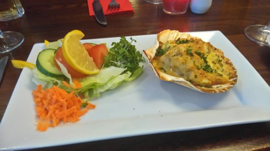 Chipping Sodbury, UK: Ample Portions for Evening Meal