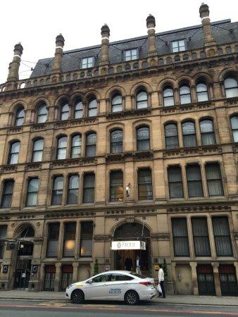 Arora Hotel Manchester لوحة