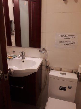 Hanoi Charming Hotel: 20170716_112528_large.jpg