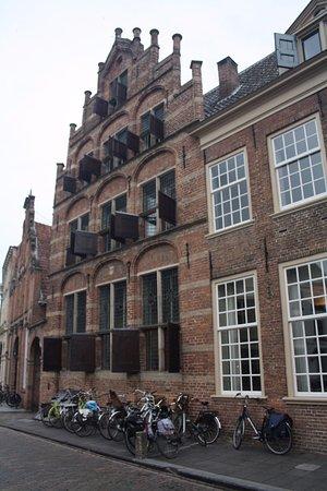 Zutphen, Нидерланды: De voorkant van het pand