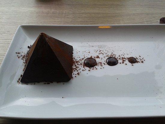 Pegomas, Frankrijk: Pyramide au chocolat