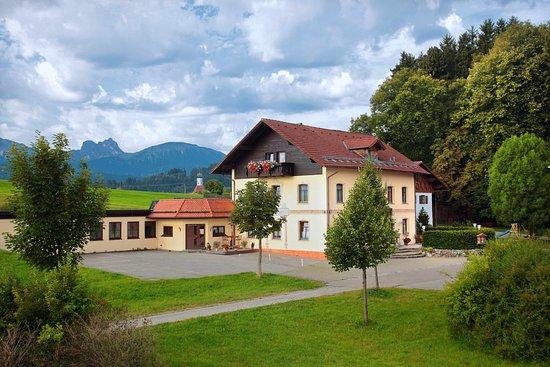 Eisenberg, Germany: Unser Haus mit Kegelbahn