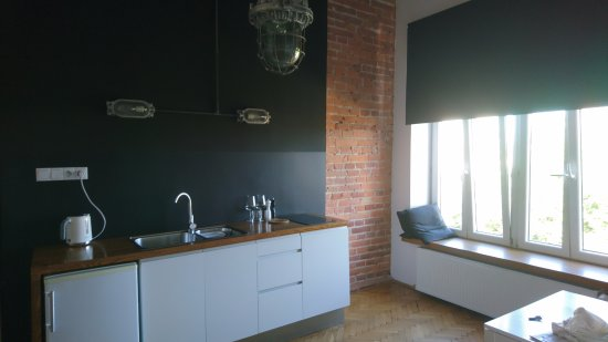 Laiko Apartments: キッチンとベッドルームは別でした