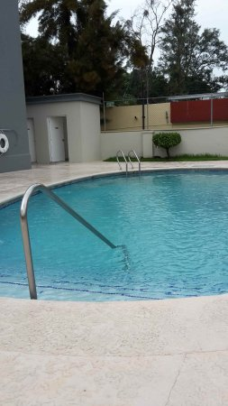 Hampton Inn by Hilton Guadalajara/Expo: Kleiner Pool