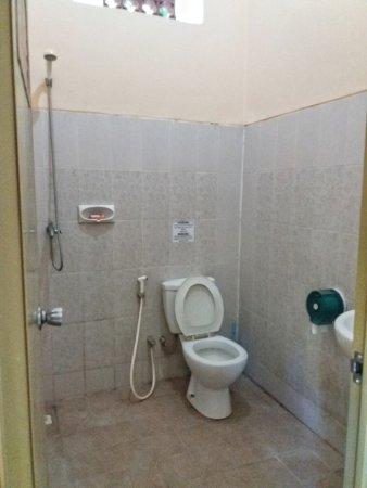 Negara, Indonésia: Kamar mandi