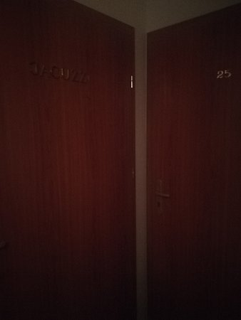 Kalwaria Zebrzydowska, โปแลนด์: IMG_20170711_095731_large.jpg