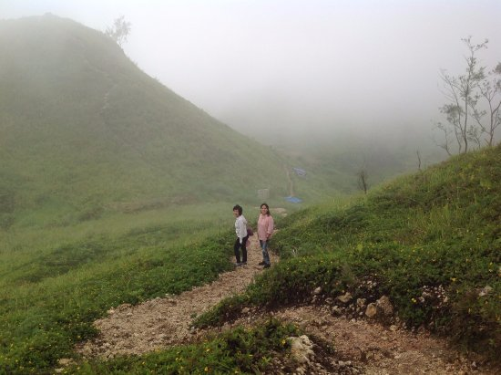 Dalaguete, Filippinerne: Going down Osmena Peak!