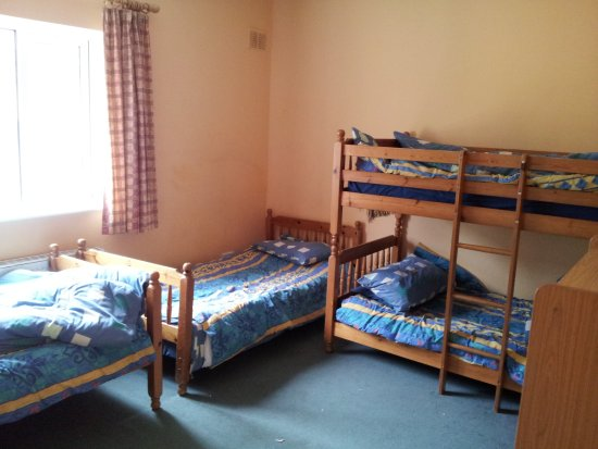 Glendalough International Youth Hostel: 4 Bed Private Room