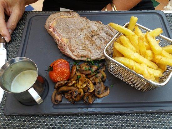 Lodeve, Frankreich: Entrecôte grillée sauce au roquefort