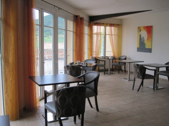 Vaux-en-Beaujolais, France : Lovely breakfast room
