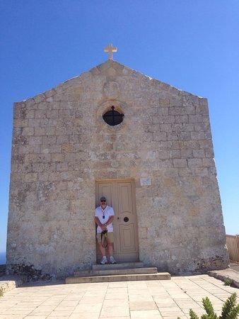 Dingli, Μάλτα: Capella de la Maddalena Chuck in the front