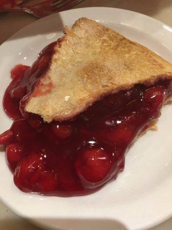 Wall, SD: Delicious cherry pie