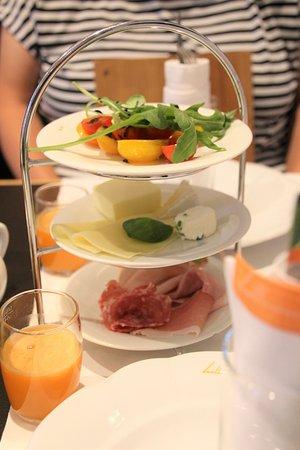 Hollmann Beletage: 朝食
