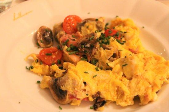 Hollmann Beletage: 朝食卵料理オーダー