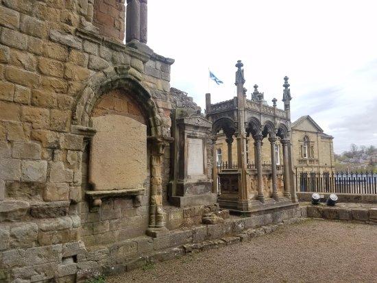 Jedburgh, UK: Tomb