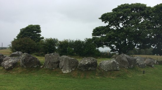 Carrowmore Megalithic Cemetery: Carrowmore - one really needs a guide