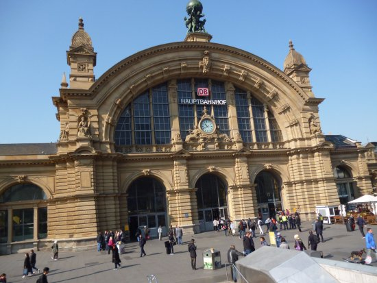 frankfurt main railway station entrance picture of frankfurt am main hauptbahnhof frankfurt. Black Bedroom Furniture Sets. Home Design Ideas