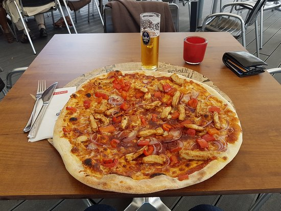 Hürth, Γερμανία: Pizza 45cm