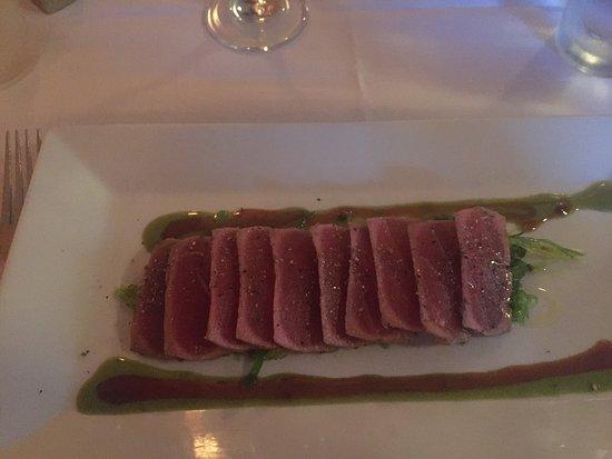 Columbia, NJ: Sfeervol restaurant met leuke kaart vegetarisch, vis en vlees en vriendelijke bediening. Écht ee