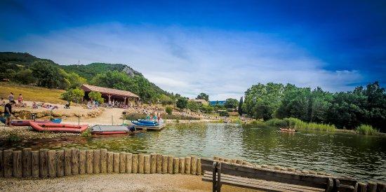 Lac de baignade eau naturelle Vayamundo L'Espinet Quillan