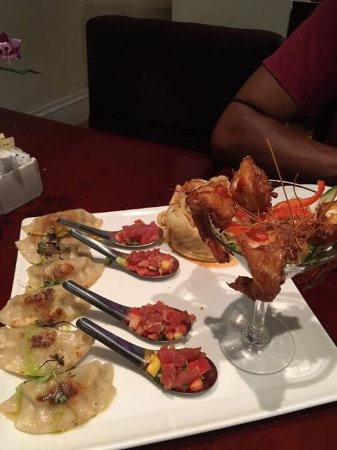 North Olmsted, OH: Appetizer platter, duo salmon and Szechuan shrimp. Appetizer platter was Pepsi shrimp, chicken p