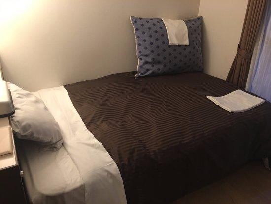 Sapporo Clark Hotel: ベッドの感じ