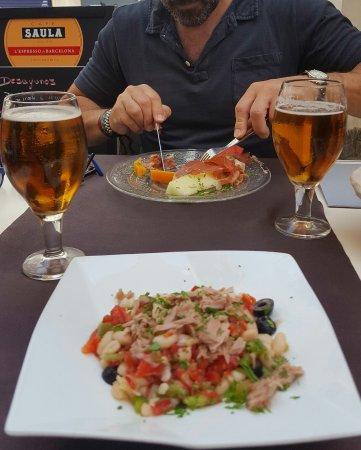 Incognito Cafe Bar : Comida riquísima y camareros encantadores