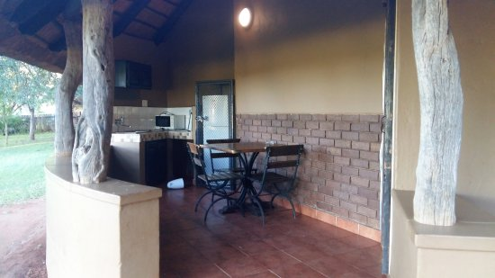 Crocodile Bridge Rest Camp: La terrasse