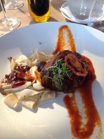 Durbanville, South Africa: Beef fillet with oyster mushrooms