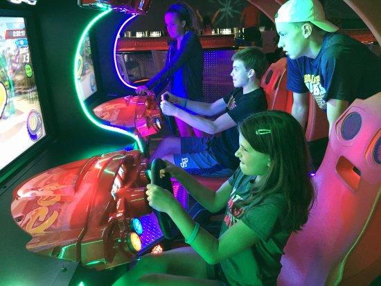 Captains Quarters Resort: Arcade