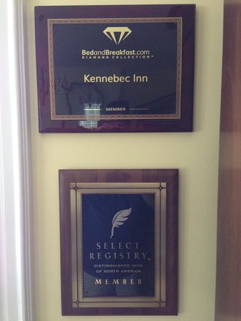 Bath, ME: While we were there new awards for the Kennebec Inn were added to the decor
