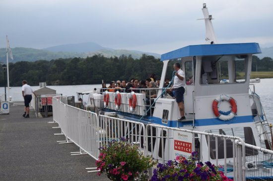 Bowness-on-Windermere, UK: Smaller ferry