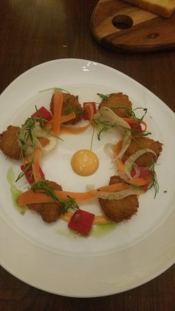 Surbiton, UK: Crispy Fried tiger Prawns & Pickled Vegetables