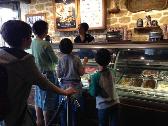 Amorino Baixa: N'ice cream, great service!