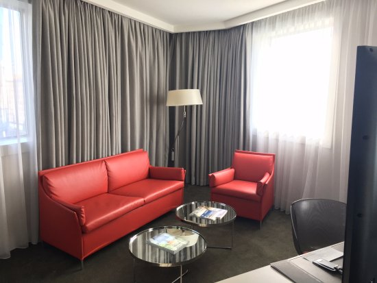La Defense, Frankrig: Jr. Suite sitting area