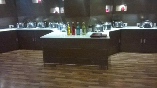 Hotel Blue Nile: Buffet Counter