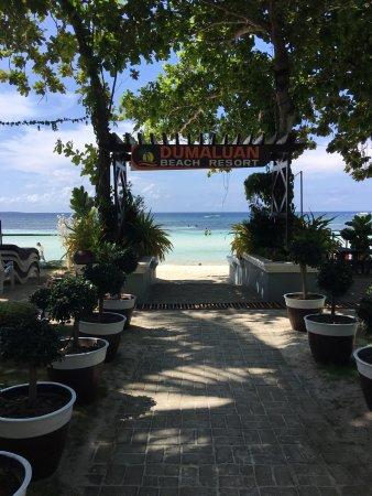 Dumaluan Beach Resort: photo0.jpg