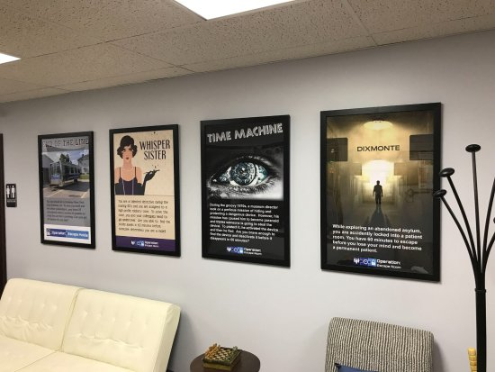 Monaca, PA: Posters of the current rooms