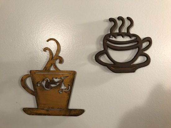 Monaca, PA: Whisper Sister - Coffee decor
