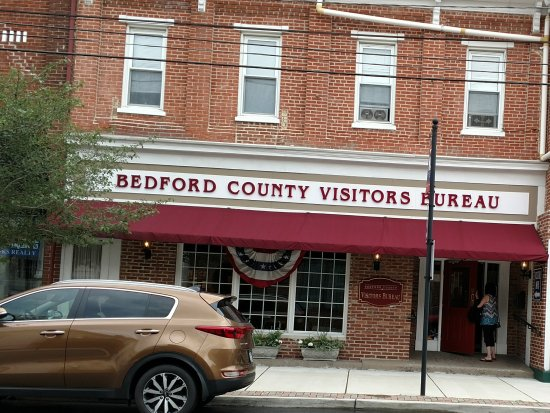 Bedford County Visitors Bureau : A must first stop