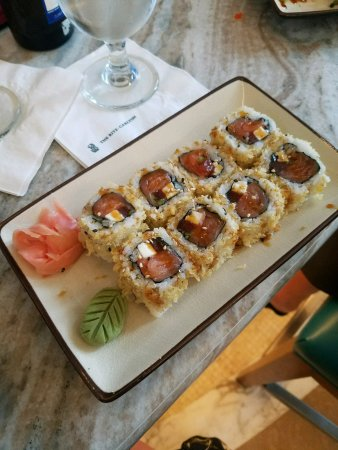 The Ritz-Carlton, San Juan: delicious sushi with local ingrediants