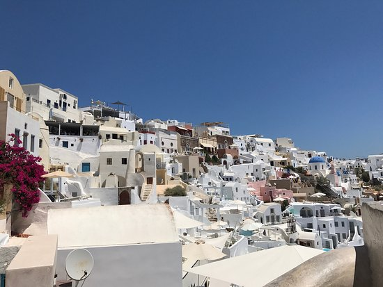 Old Oia Houses: photo1.jpg